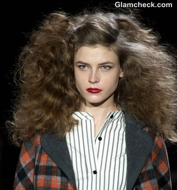 Fall-Winter 2013 Hairstyle trend- Voluminous Curls