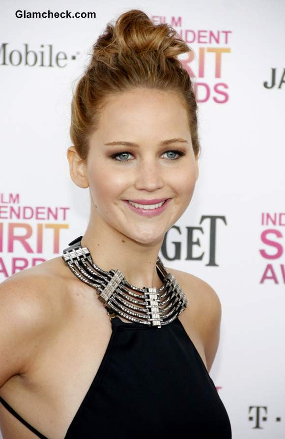 Jennifer Lawrence Sports Twisted Messy Top Knot At 2013