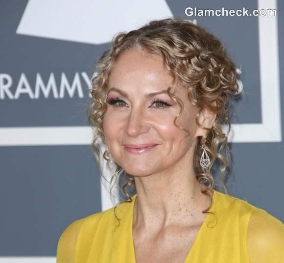 Joan Osborne Hairstyle at 2013 Annual Grammy Awards