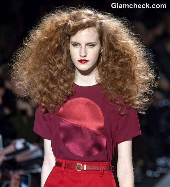 Marc Jacobs Fall-Winter 2013 Hair Makeup - Voluminous Curls Red Lips