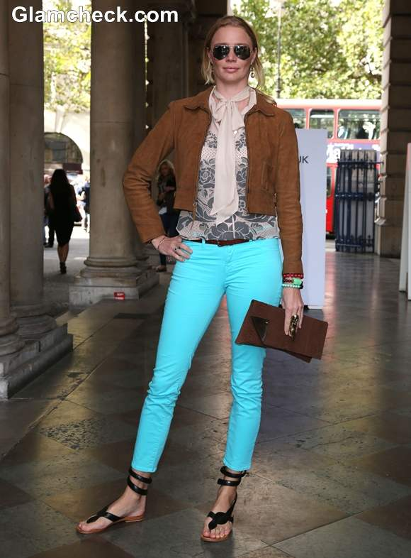 Fashion Inspiration wearing Neon Blue Jeans