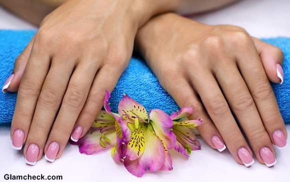 French Manicure spring nail art