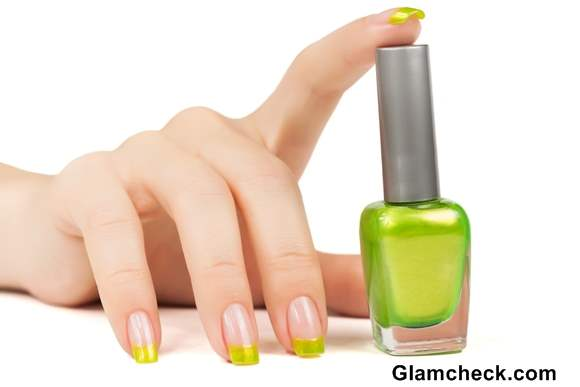 Green Nails Manicure
