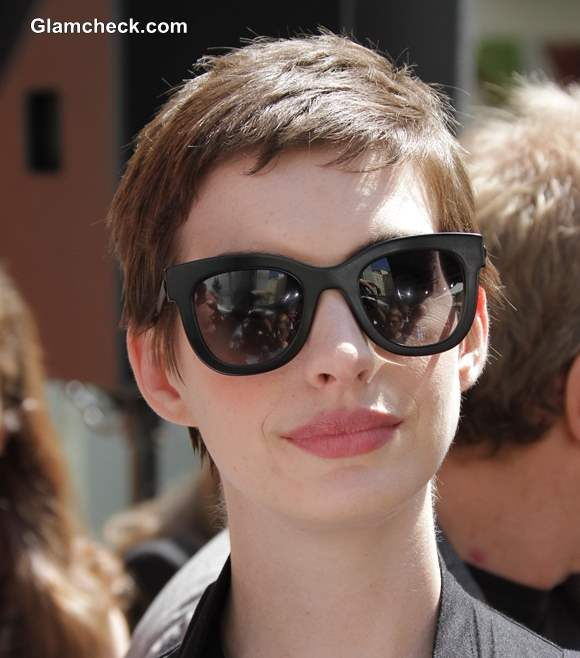Messy Pixie Hairstyle Anne Hathaway