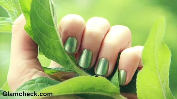 Metallic Green Nails