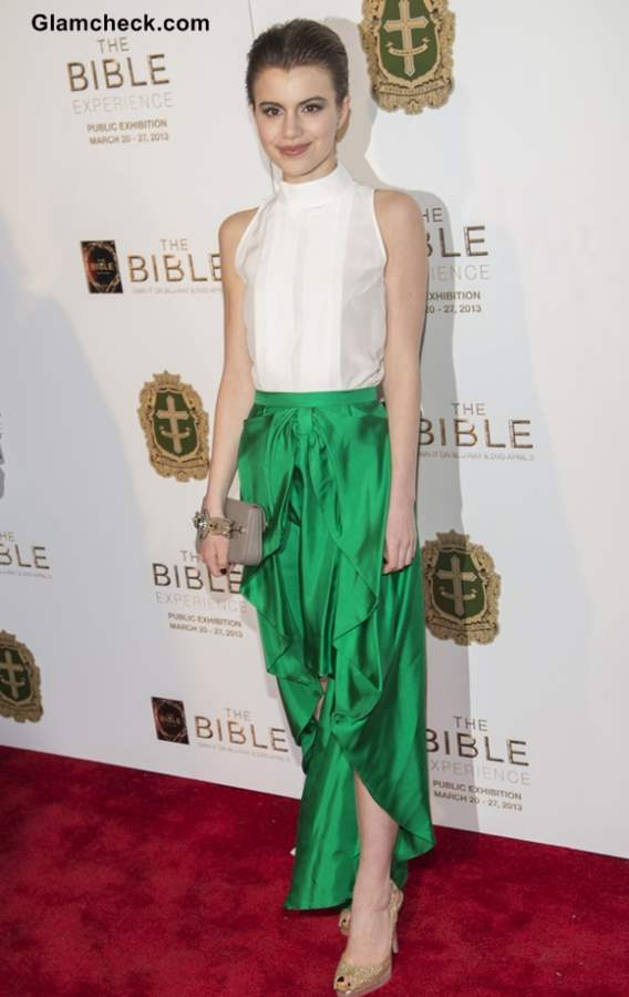 Sami Gayle Resplendent In Emerald Skirt At The Bible