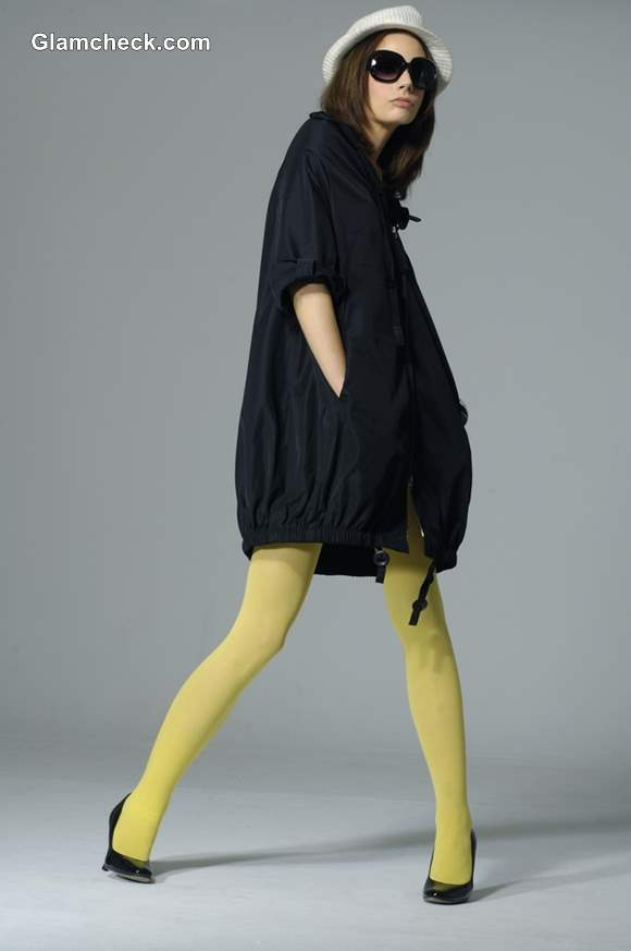 Winter Dressing Tips wearing Neon Tights with an Oversized Jacket