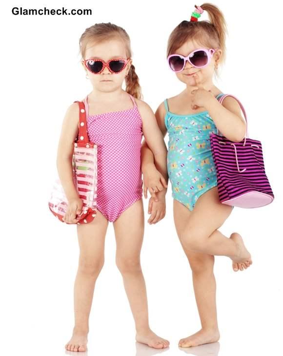 How to choose swimwear for little girls