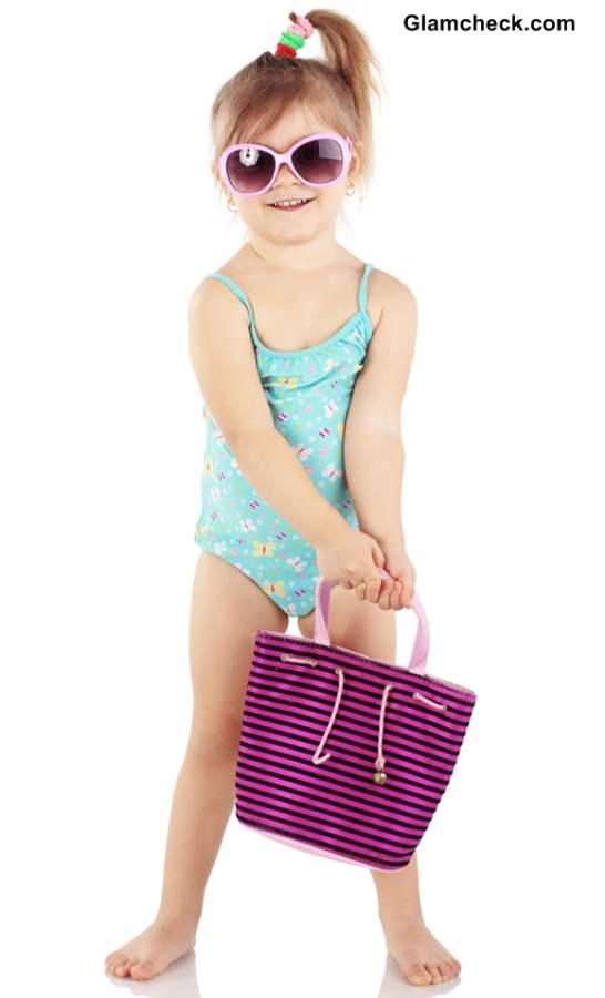 How To Choose Swimwear For Little Girls-9620