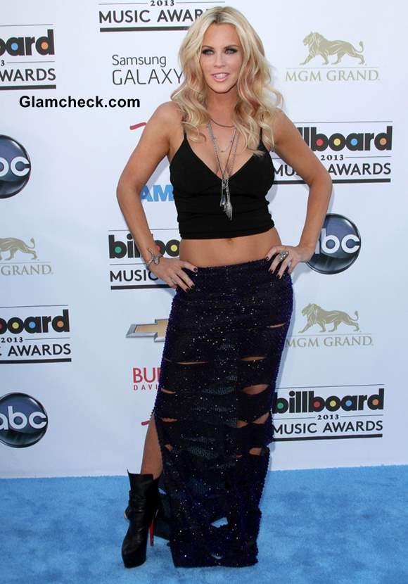 Jenny McCarthy in Cropped Black Top 2013 billboard music awards