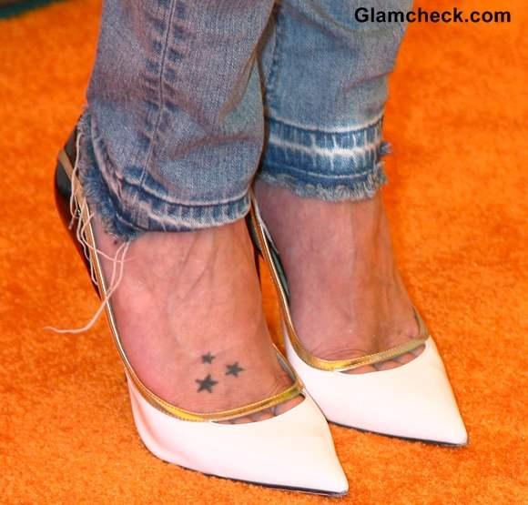 Katie Cassidy feet tattoo