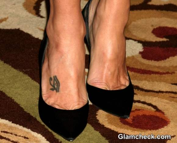 Marisa Tomei feet tattoo