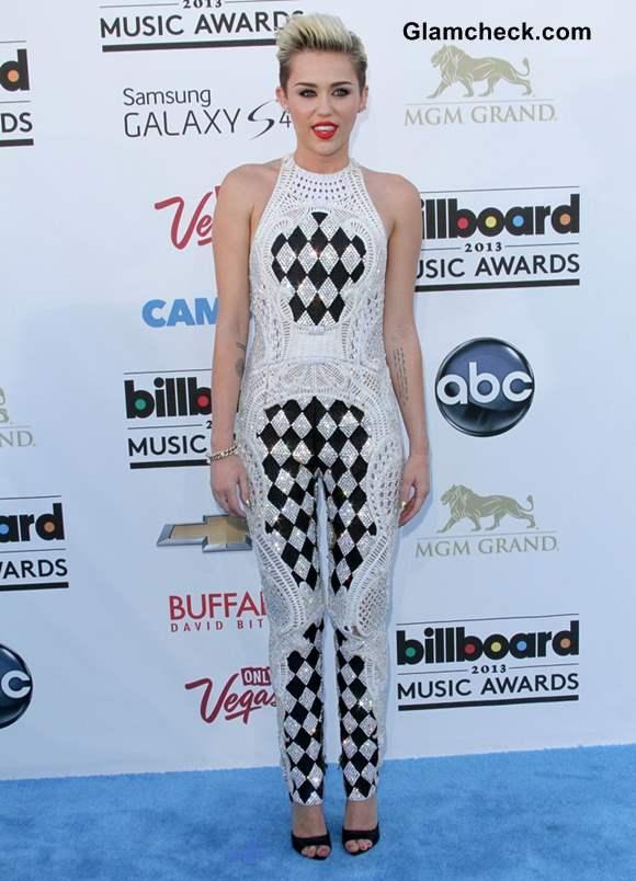 Miley Cyrus at 2013 billboard music awards