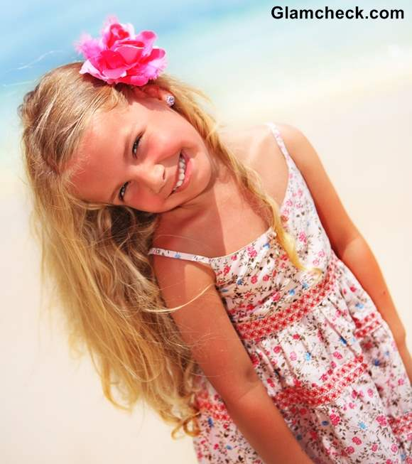 Beach Hairstyle Ideas little Girls flower clips