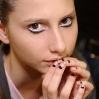Beauty How To Subtle Rocker Chic Look