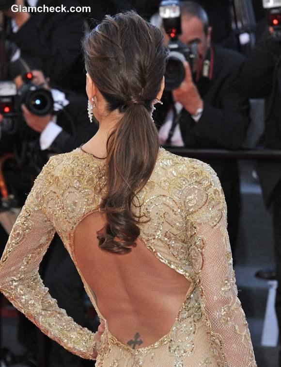 Hairstyle DIY Eva Longorias Chic Low Ponytail - Diy ponytail wrap