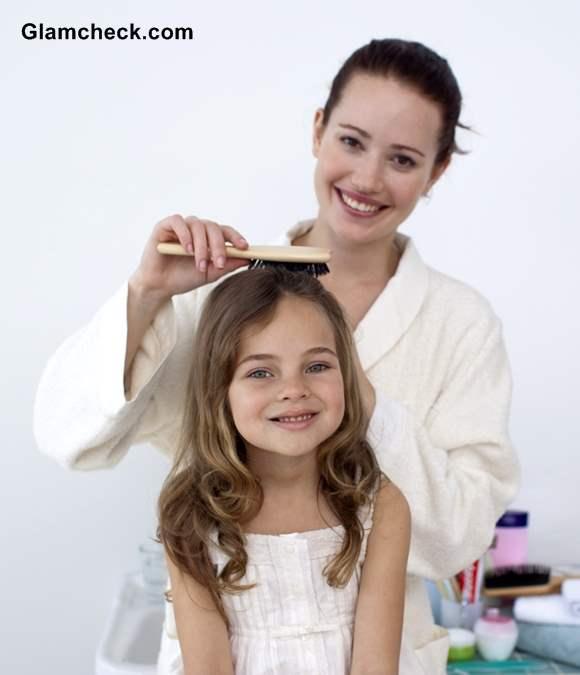 Detangling and Combing little girls hair