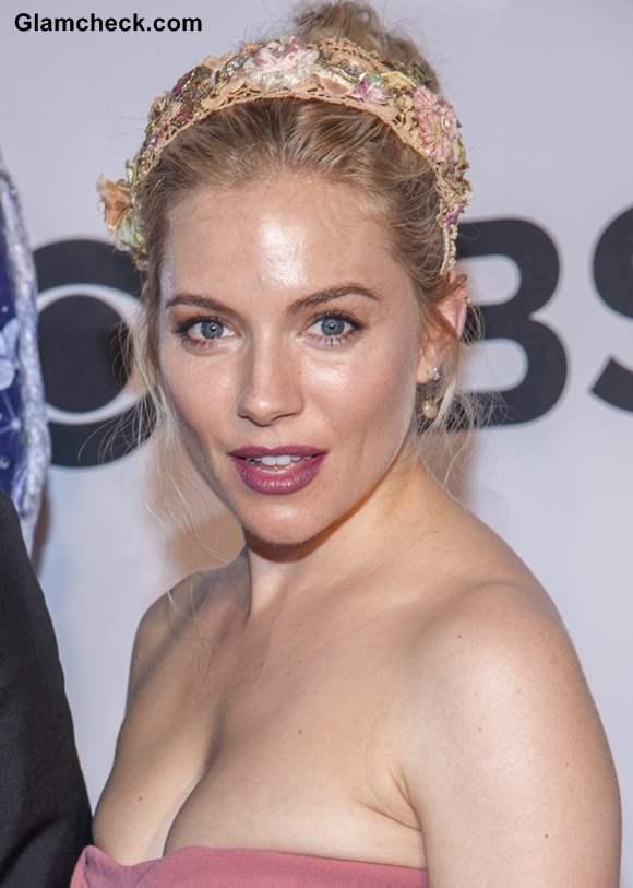 Sienna Miller Sports Floral Headband