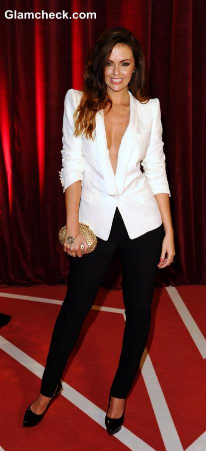 Risque Androgynous Jennifer Metcalfe Sports Gaping White