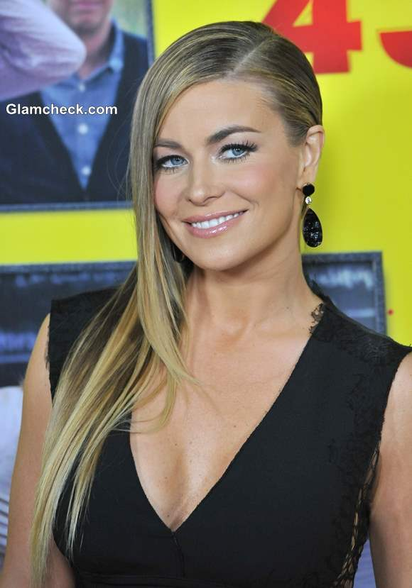 Hairstyle Diy Carmen Electra S Sexy Side Parted Sleek Do