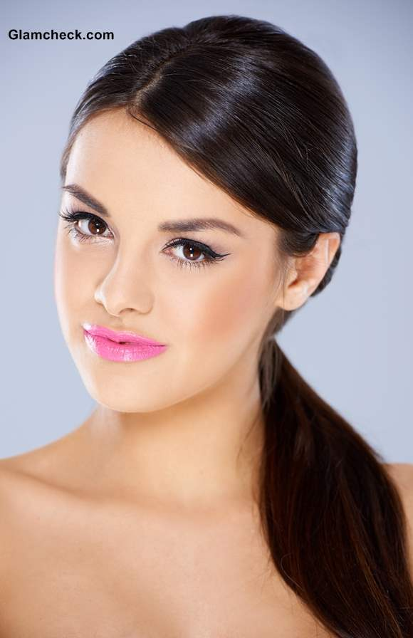 How to Sport Neon Pink Lips