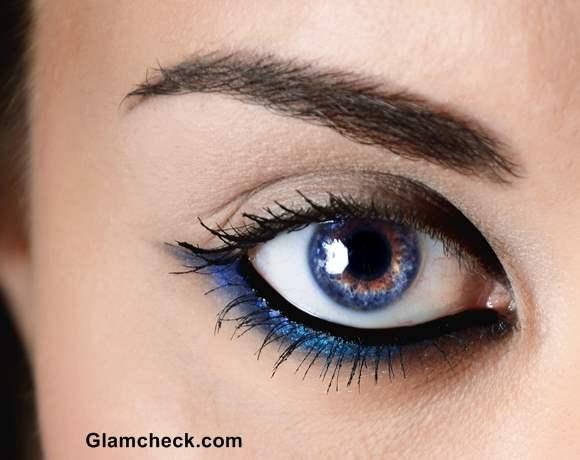Precautions while applying Glitter Eye Shadows