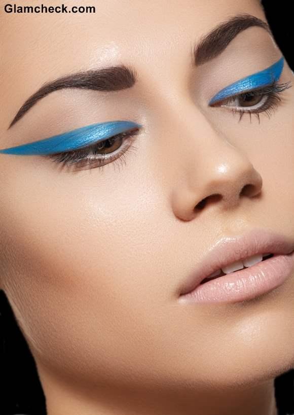 Statement Blue Eyeliner