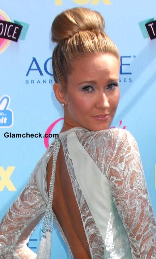 Anna Camp 2013 Top Knot Hairstyle