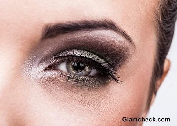 Avoid the Faux Pas – Falling Off Fake Eyelashes