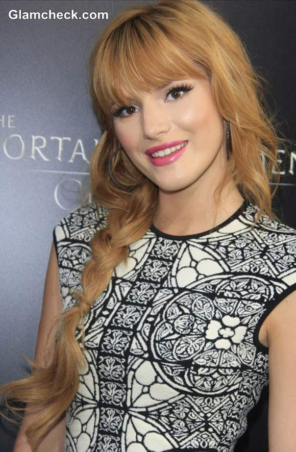 Bella Thorne in Side Plait Hairstyle