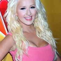 Christina Aguilera Hair Color 2013