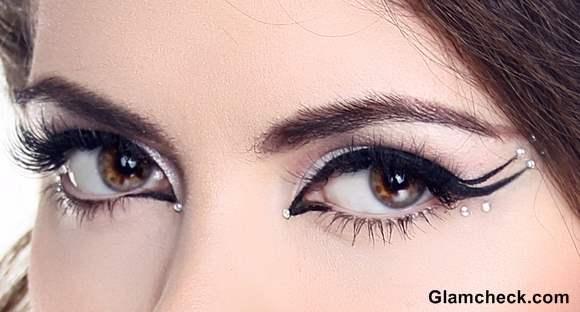 Eye Makeup How To - Double Winged Eyeliner