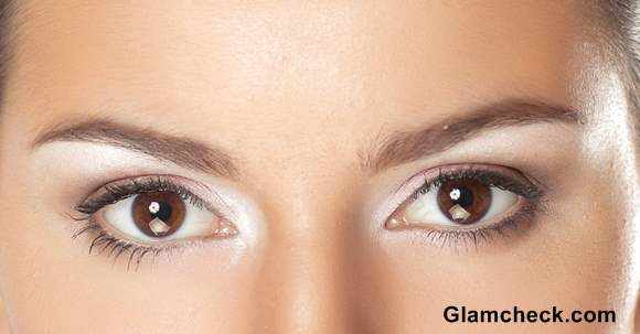 How To Contoure Eyes with White Eye shadow
