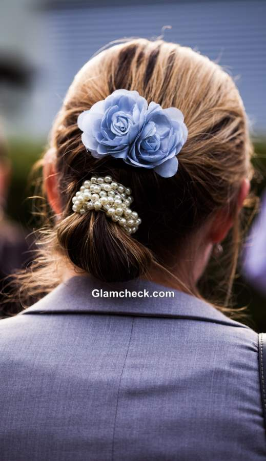 How to wear Flower Hair Clip