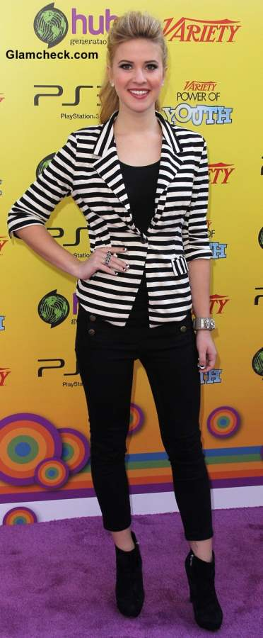 How to wear Horizontal Stripes Caroline Sunshine