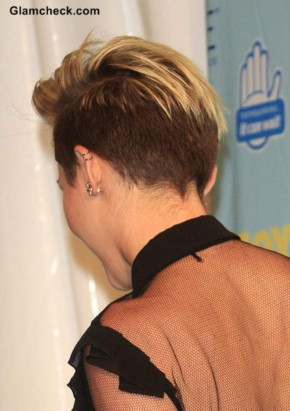 Miley Cyrus Pixie Hairstyle at 2013 Teen Choice Awards