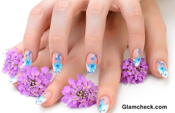 Nail Art ideas Blue flowers