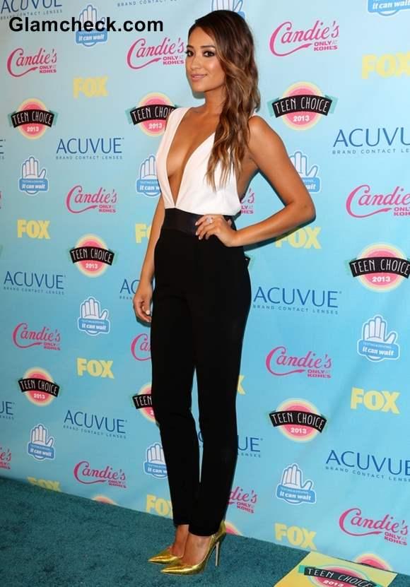Shay Mitchell in Jenni Kayne at 2013 Teen Choice Awards