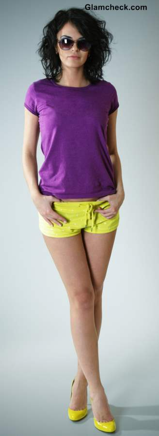 T shirts and tops to Wear with Yellow Shorts