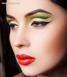 Beauty How To – Tropical Makeup Looks