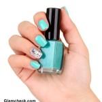 Turquoise nail polish Blue nail art
