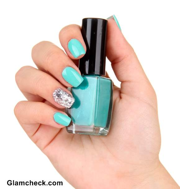 Turquoise nail polish Blue nail art