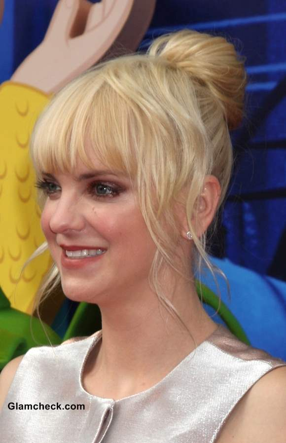 Anna Faris Sumo Style Bun at Cloudy With a Chance of Meatballs 2 Premiere