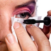 Applying Mascara Without splattering over the under eye