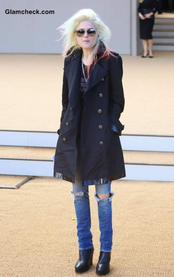 Alison Mosshart in Blue Coat and Ripped Jeans at Burberry Show SS 2013