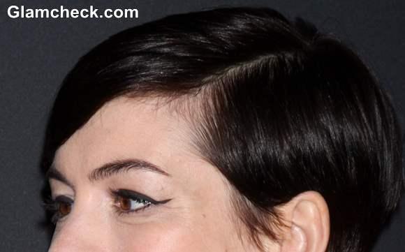 Anne Hathaway in Winged Eyeliner