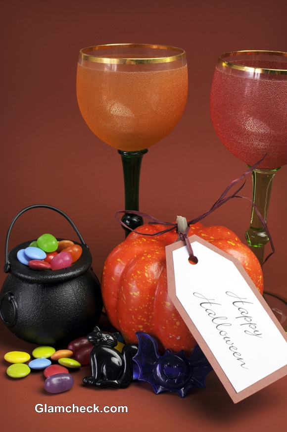 Halloween Party Decoration Ideas table set-up