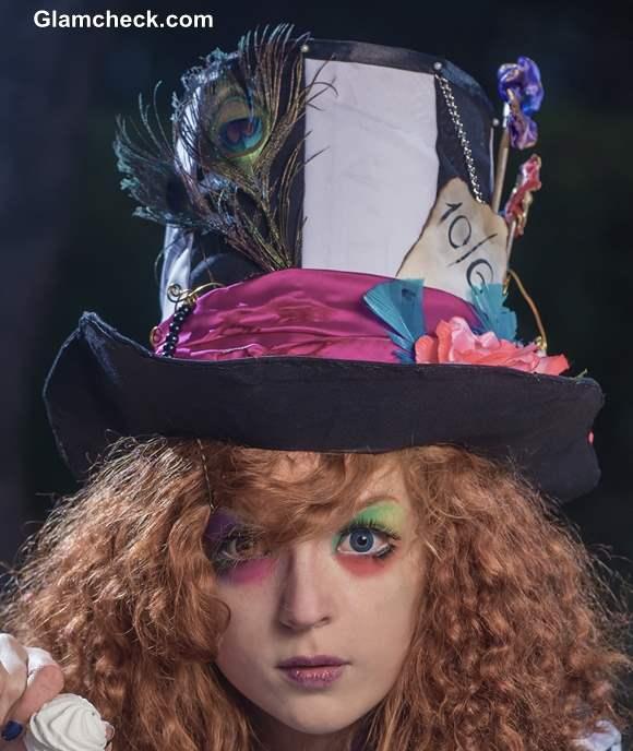 Hatter Look from Alice in Wonderland Halloween Costume Idea