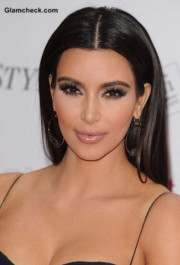 Kim Kardashian Hairstyle Long sleek hair witout bangs