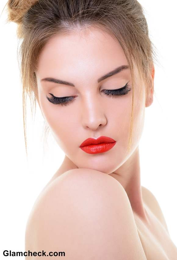 Red Lips Defined eyes Makeup for a Night on the Town -